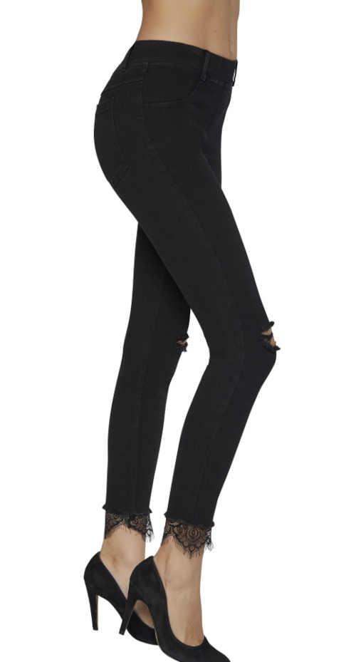 Modne dżinsy z koronkowym brzegiem w kolorze czarnym