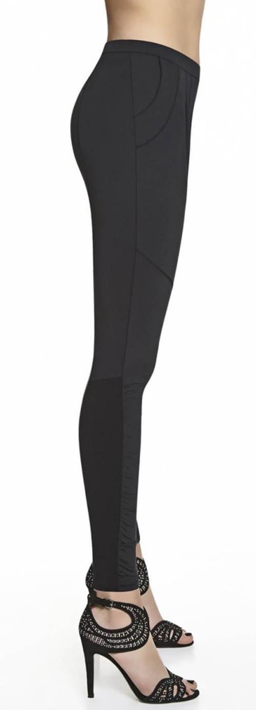 Czarne legginsy z dwiema kieszeniami