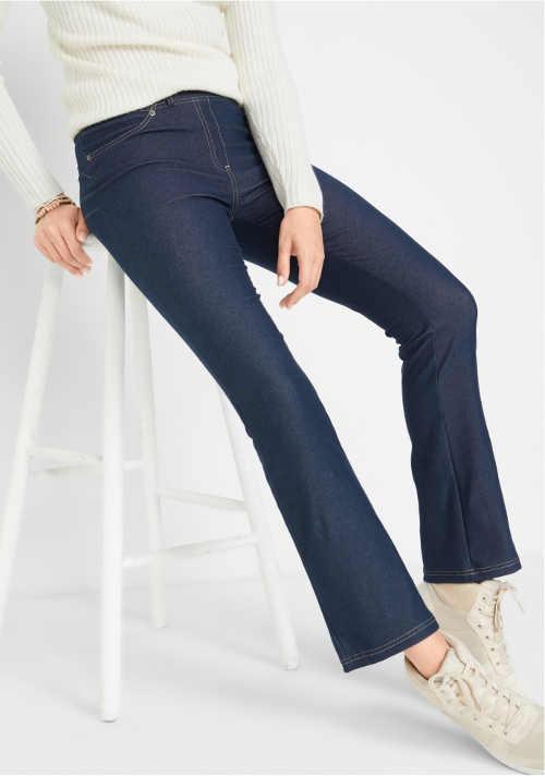 Ciemnoniebieskie dżinsy dla puszystych