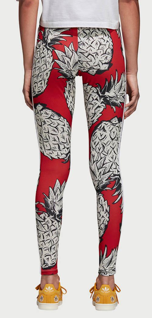 Czerwone legginsy adidas z ananasem