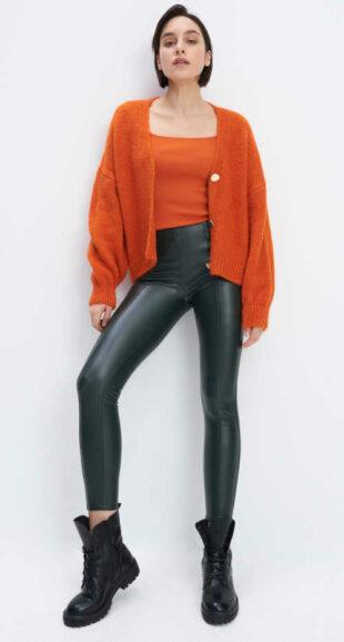 Modne damskie długie legginsy w kolorze czarnym z imitacji skóry