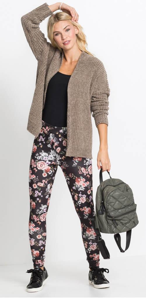 Wiosenne legginsy do swetra