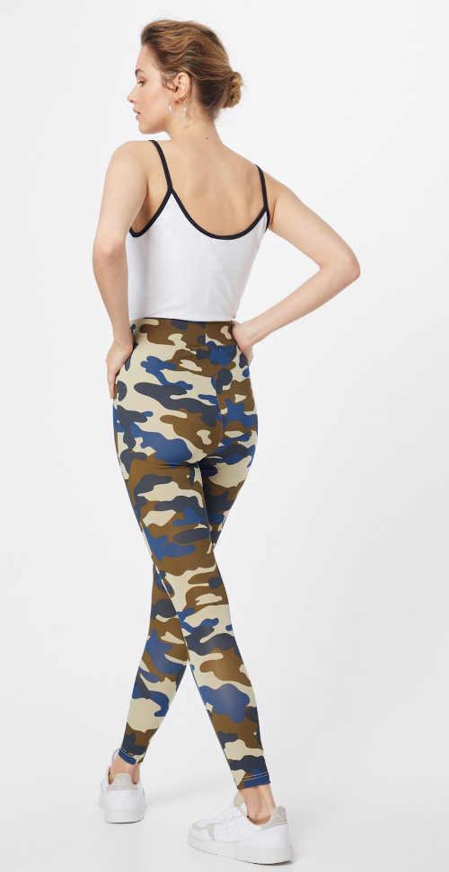 Uniwersalne legginsy damskie w kamuflażu